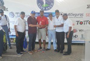 Dúo Santana y Guerrero conquistan Copa de Golf 60 Aniversario Club Naco