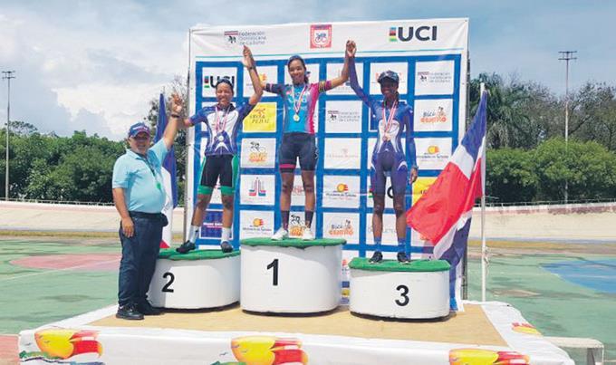 Norlandys Taveras y Juana Fernández ganan oro en Campeonato de Ciclismo de Pista