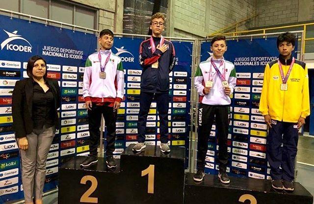 Rafael Trujillo gana oro en torneo regional de Karate