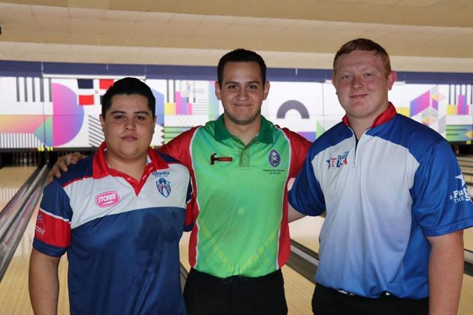 Bolicheros extranjeros brillan en el Panamericano Juvenil