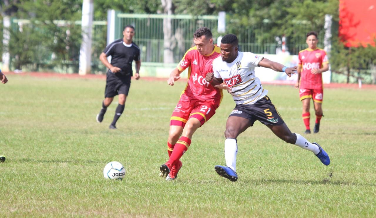 San Cristóbal triunfa y sigue líder Clausura Liga de Fútbol