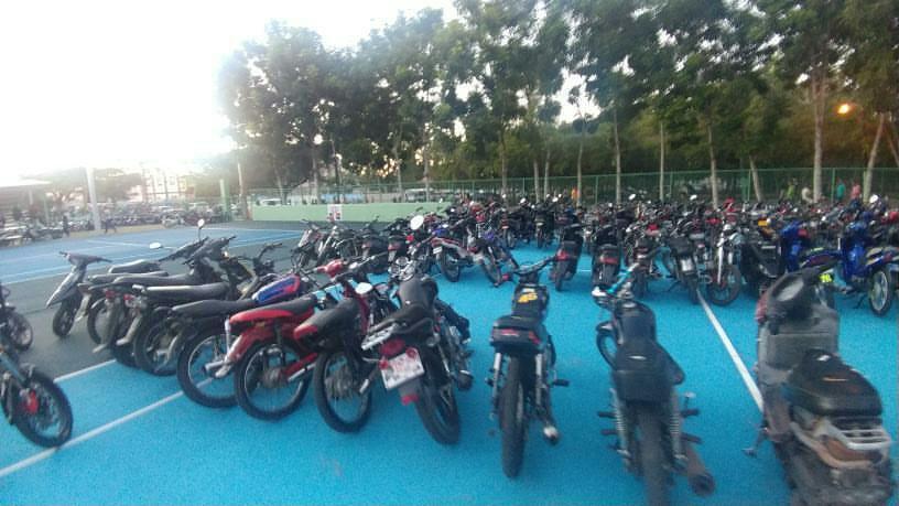 Fedotenis pide no usar canchas SFM  como estacionamiento