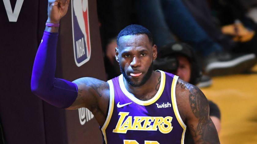 LeBron continua escribiendo historias en la NBA