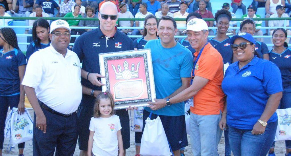 Definidas semifinales en Voleibol Playero de Hato Mayor