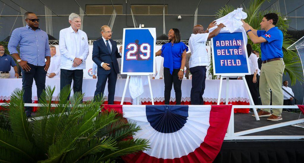 Rangers de Texas inaugura academia de béisbol en Boca Chica