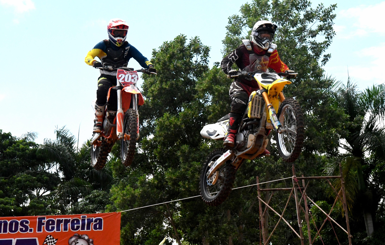 Dominicanos Nogueras y Lantigua al podium del Campeonato Nacional de Motocross