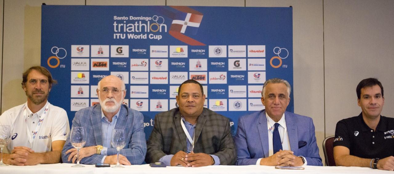 RD lista para el domingo Campeonato Mundial de Triatlón