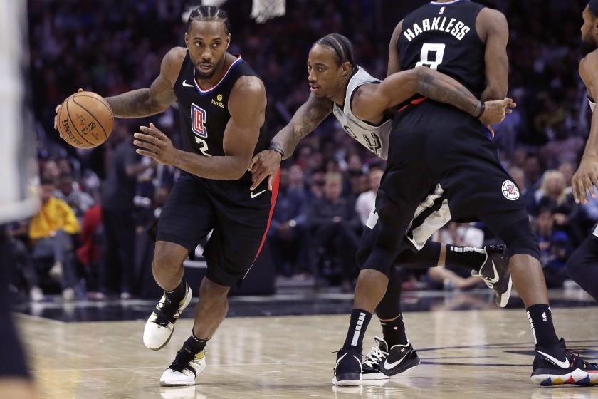 Clippers detienen a San Antonio; New Orleans consigue primero; Miami sigue caliente