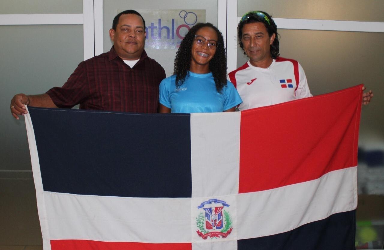 Camila Romero Taveras gana plata en Iberoamericano de triatlón