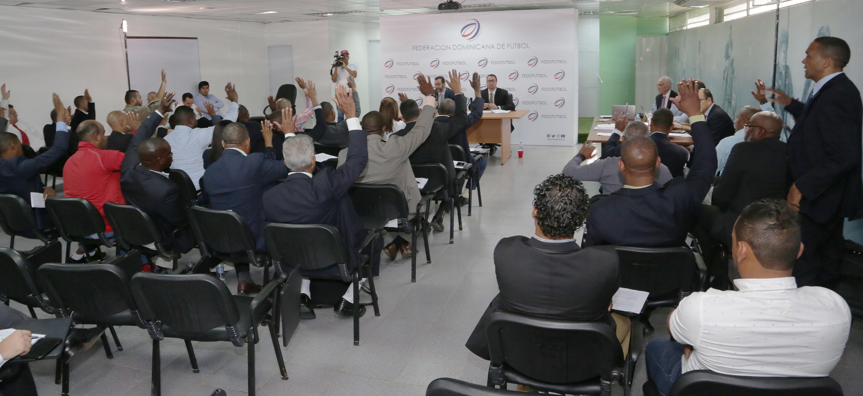 La Federación Dominicana de Fútbol aprueba nuevos estatutos