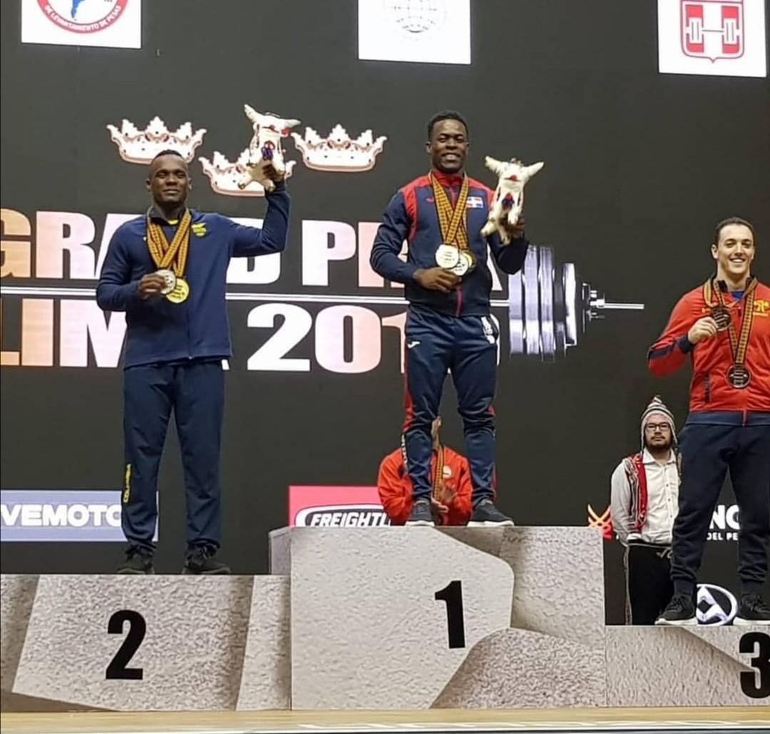 Zacaríaz Bonnat consigue dos oros y una plata Grand Prix de Pesas