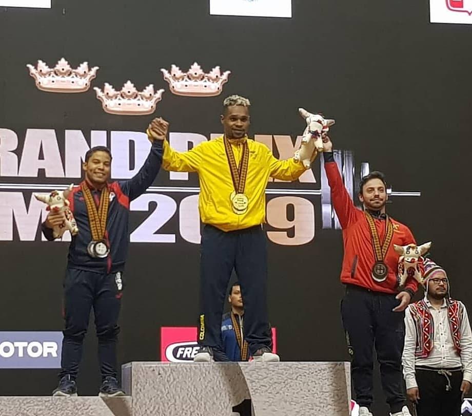 Luis García conquista tres medallas de plata en Gran Prix Pesas
