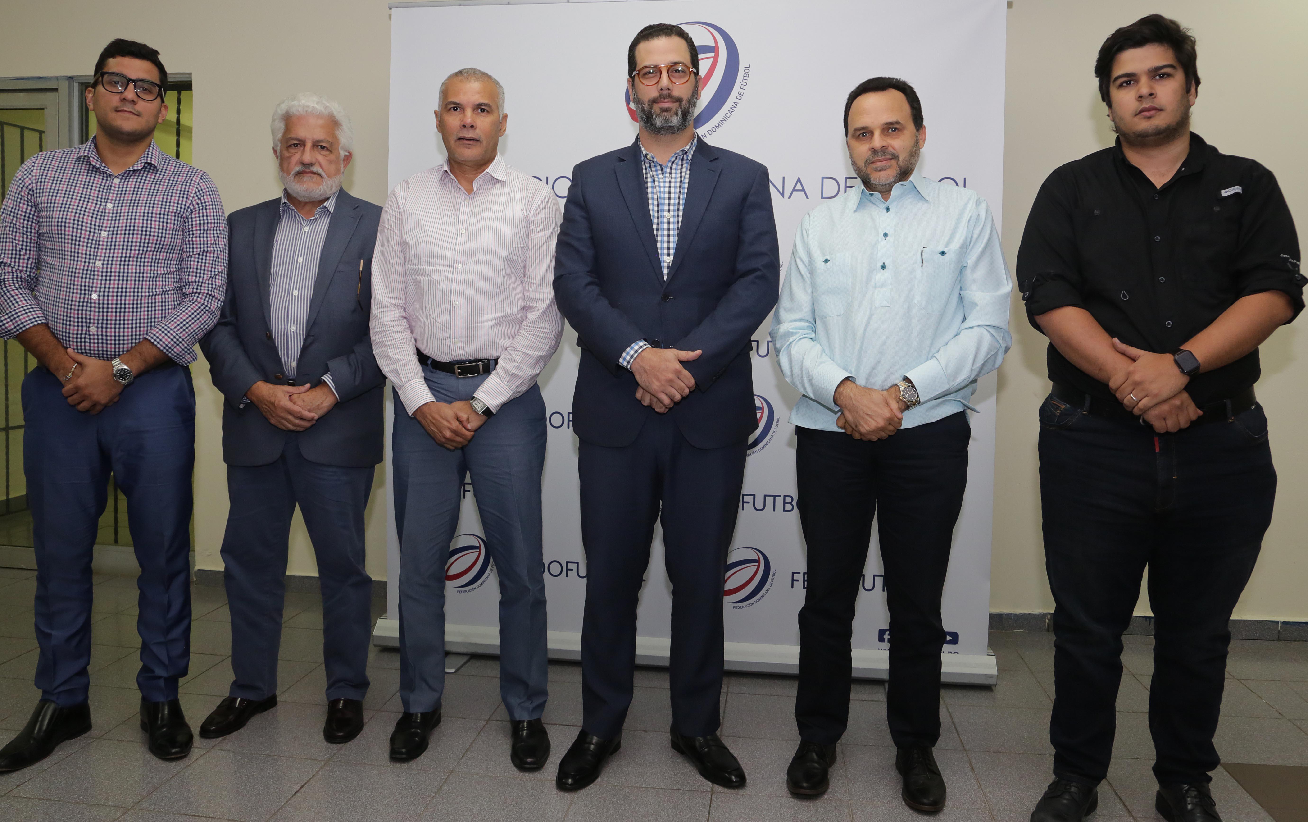 Precandidatos a presidencia de Fedofubol apoyan proceso de normalización