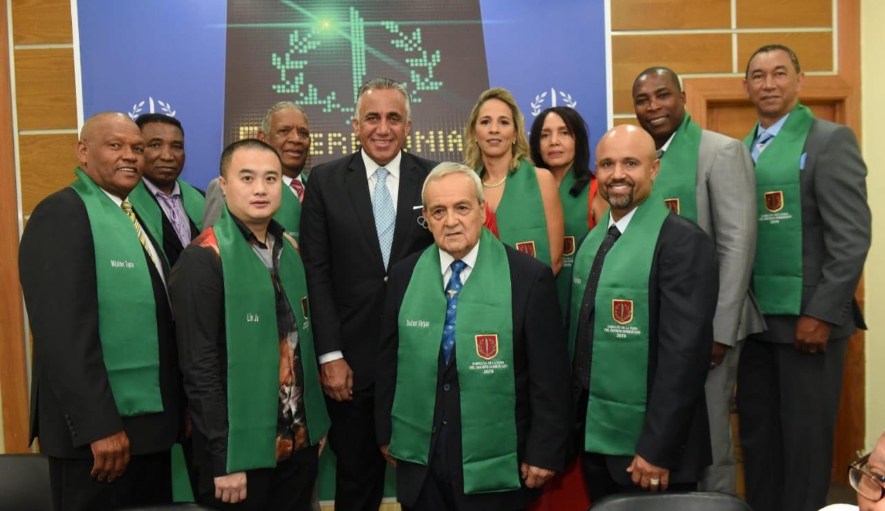 Pabellón de la Fama honra como inmortales a diez deportistas