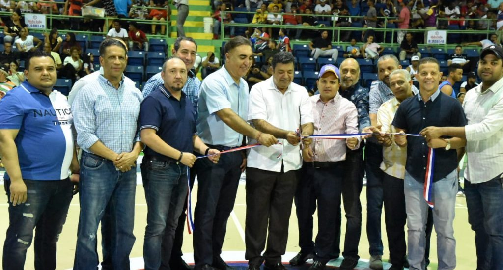 Inicia XXVI Torneo de Baloncesto Superior de La Vega