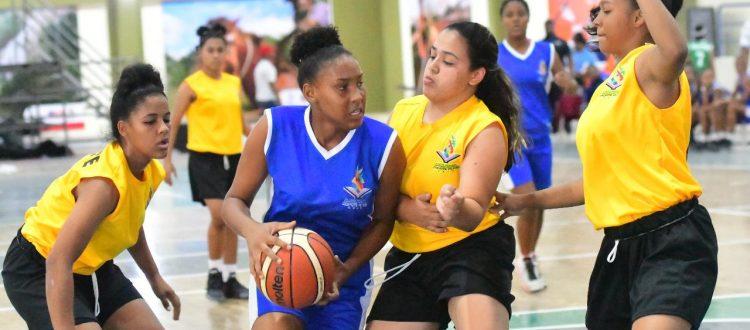 El Noreste vence al Sur en el 7mo. partido del baloncesto femenino