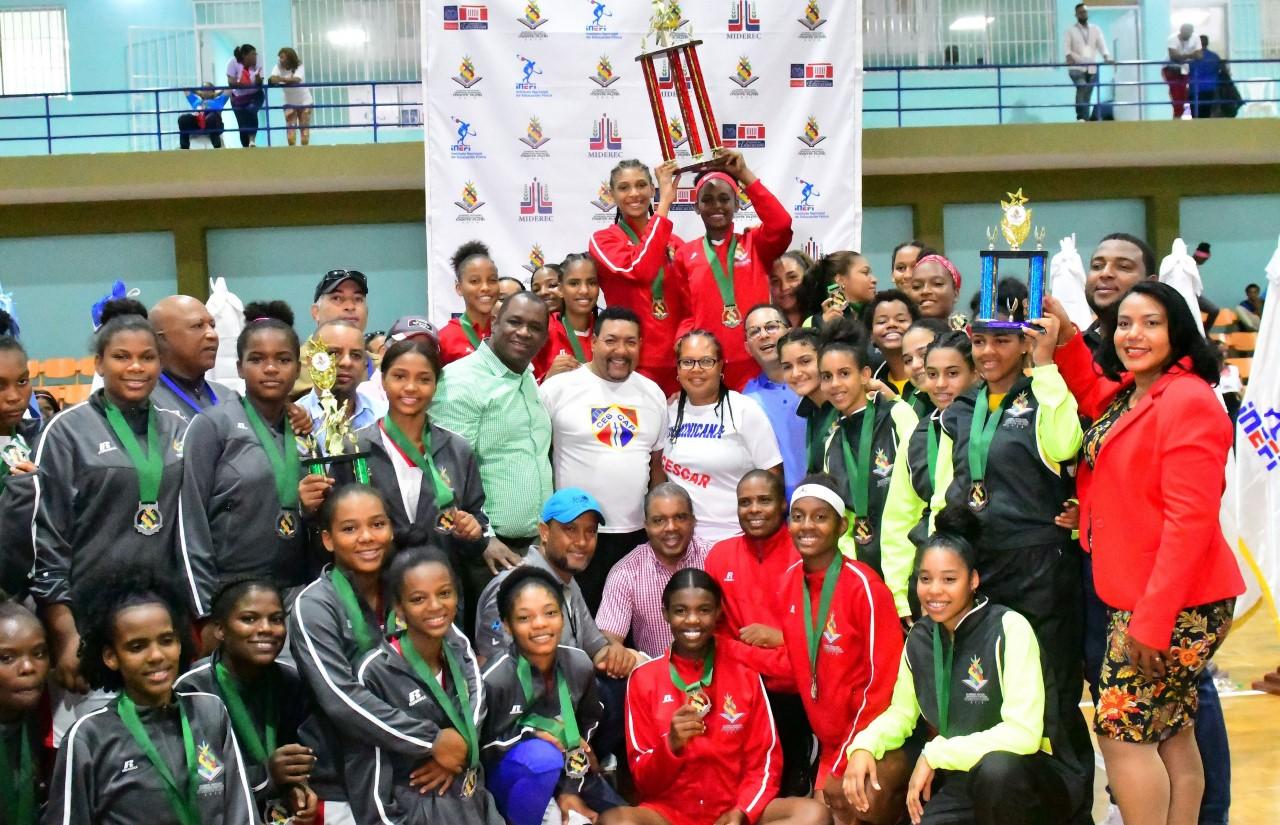 Zona Metropolitana obtiene medalla de oro baloncesto femenino