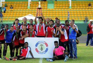Metropolitana impone hegemonía en el fútbol masculino escolar