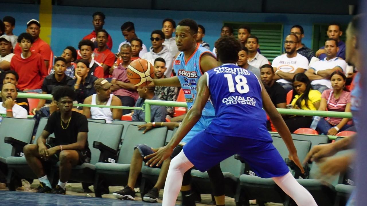 Clubes San José y Antonio Guzmán ganan en basket superior Higüey