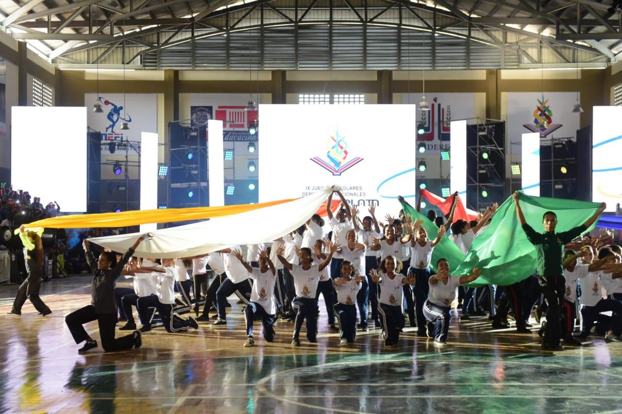 ¡El deporte avanza! Monte Plata abre sus Juegos Escolares Deportivos