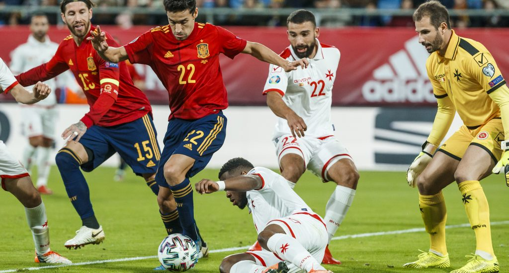 "Rusia acogerá Eurocopa y final de ""Champions"" pese a sanción"