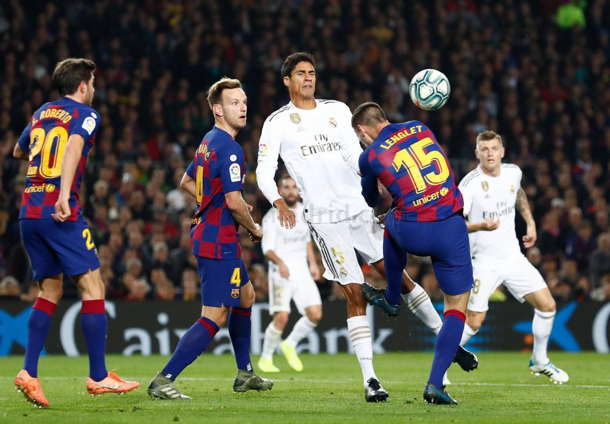 Real Madrid se queja por el arbitraje y el manejo del VAR en Clásico