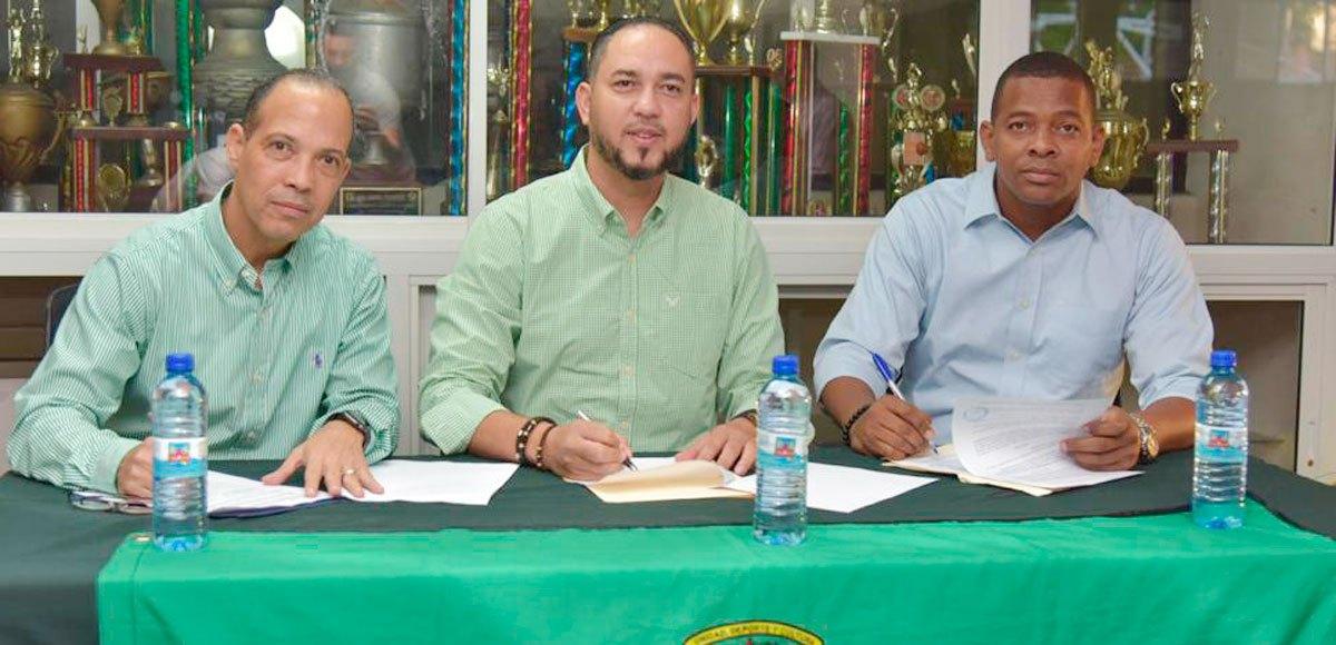 David Díaz dirigirá al Club San Carlos en el TBS Distrital 2020