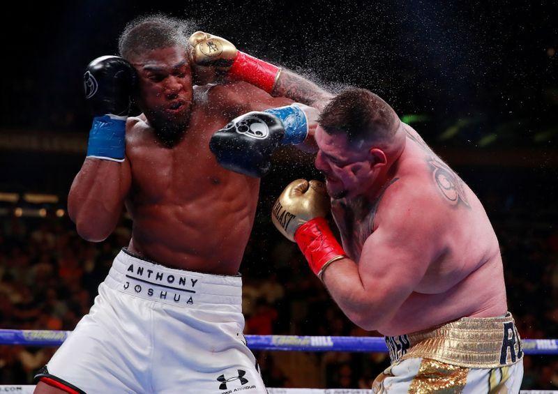 Ruiz Jr dice que Joshua tiene la presión para la pelea en Arabia Saudita