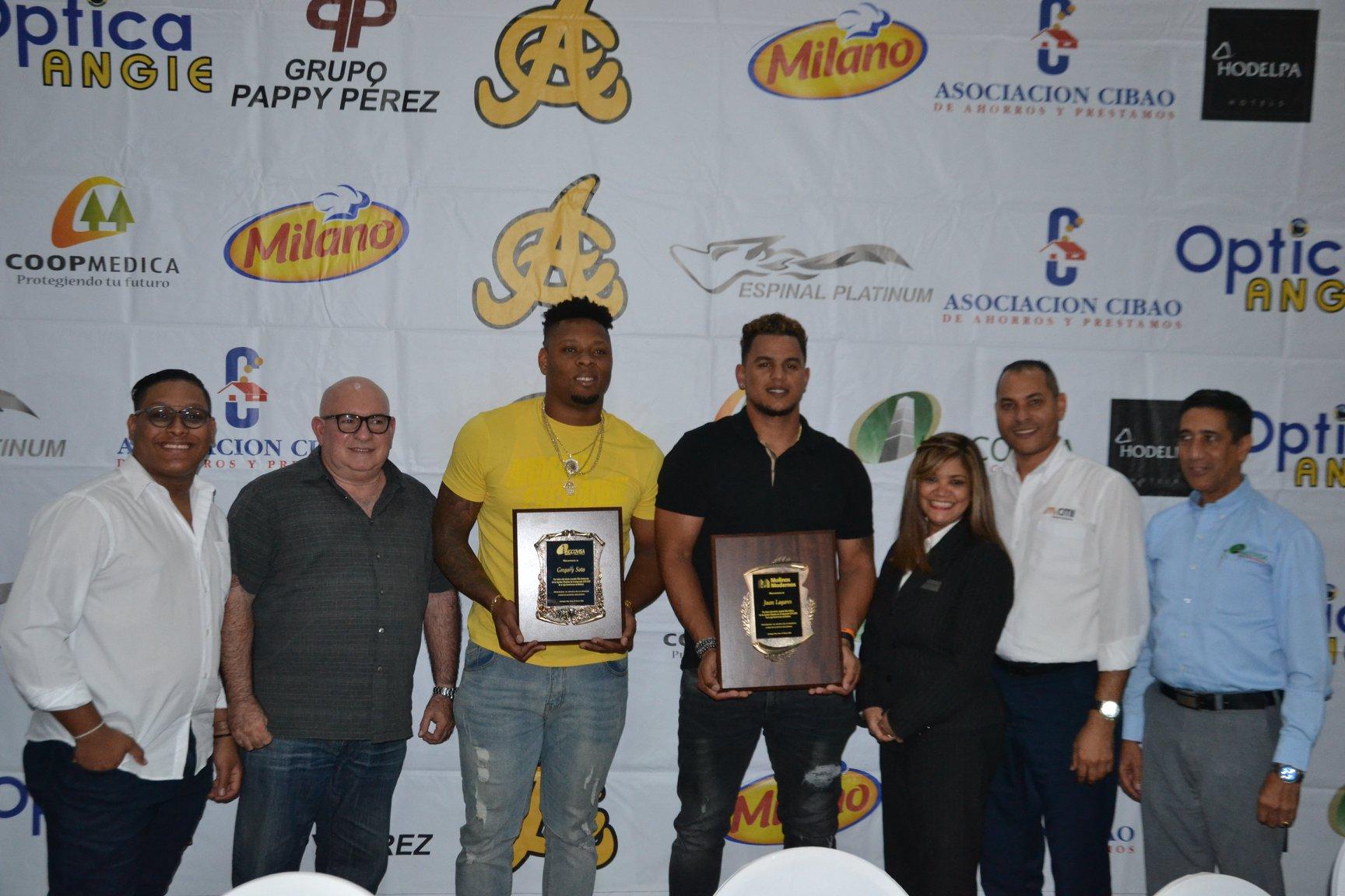 Lagares, Soto y García nombrados Águilas del Año