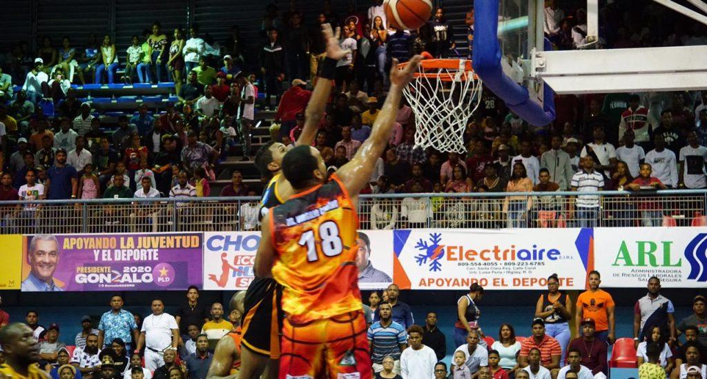 Club Antonio Guzmán, a un triunfo de la corona basket Higüey