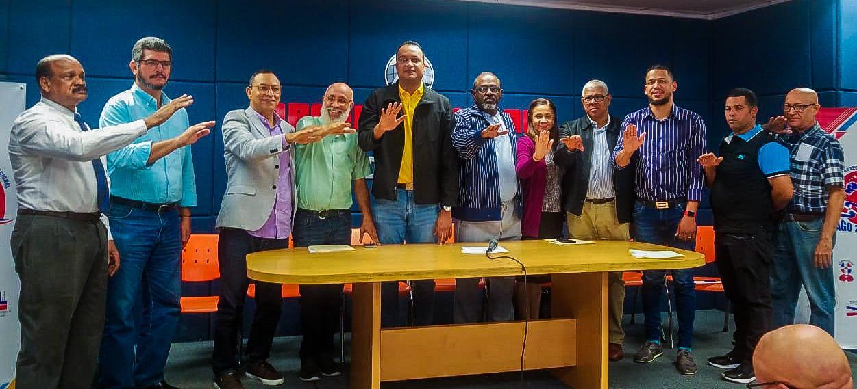 Juramentan comité organizador Copa Independencia de Boxeo