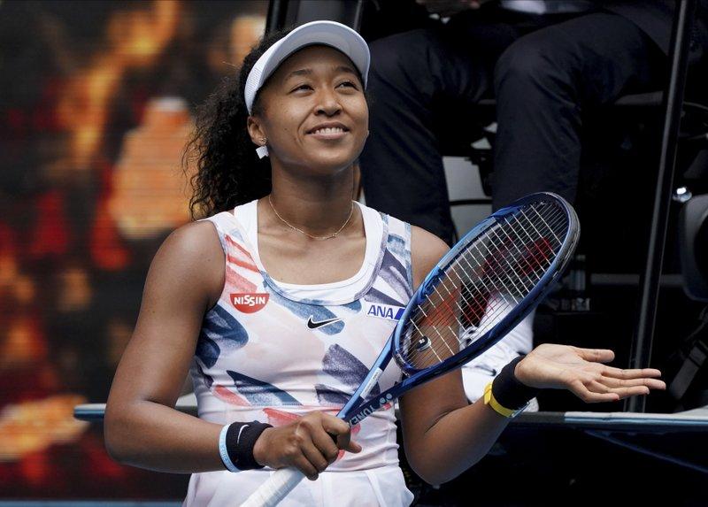 Naomi Osaka y Serena Williams dedican triunfo a familiares