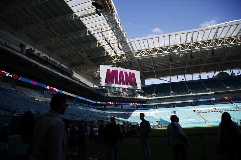 Unas seis mil personas trabajan en los preparativos para el Super Bowl 54 en Miami