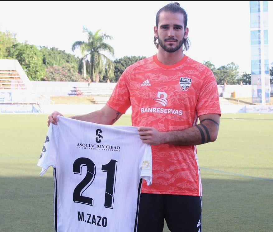 Cibao FC ficha al defensa selección nacional Mateo Sazo
