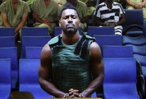 Antonio Brown sale de la cárcel tras pagar fianza