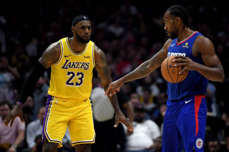 Lakers, Clippers y NBA posponen encuentro del martes por muerte de Kobe