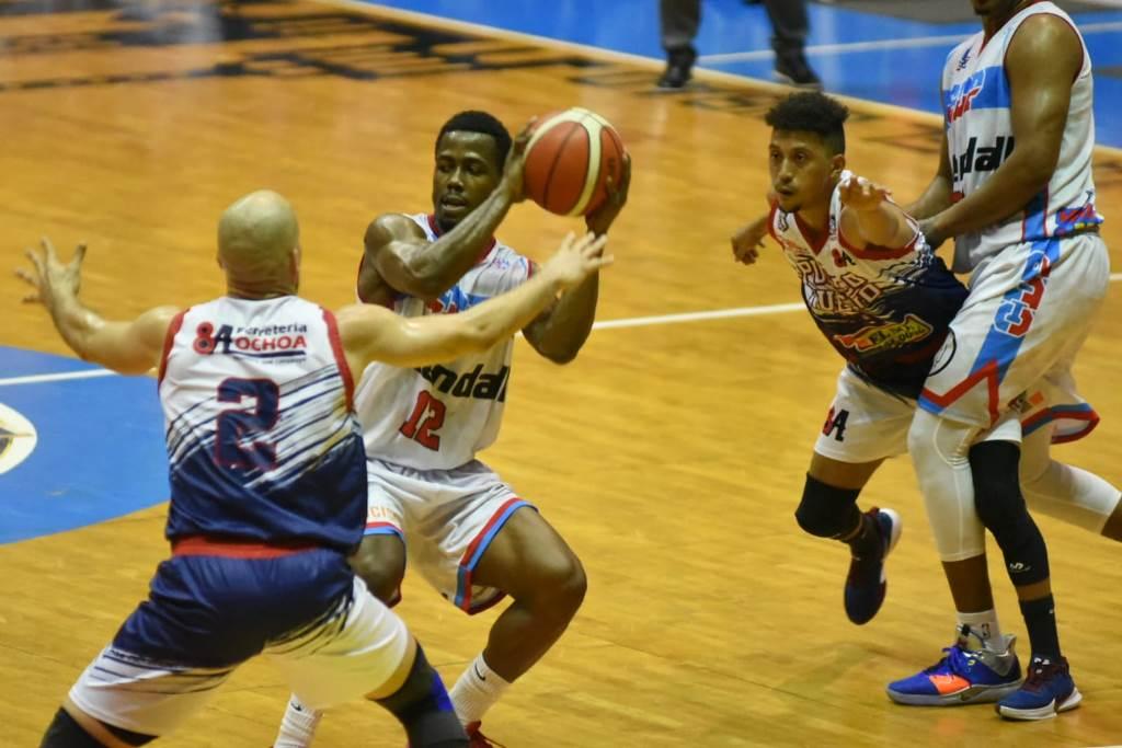 CDP pasa susto en victoria frente a Pueblo Nuevo en Basket de Santiago