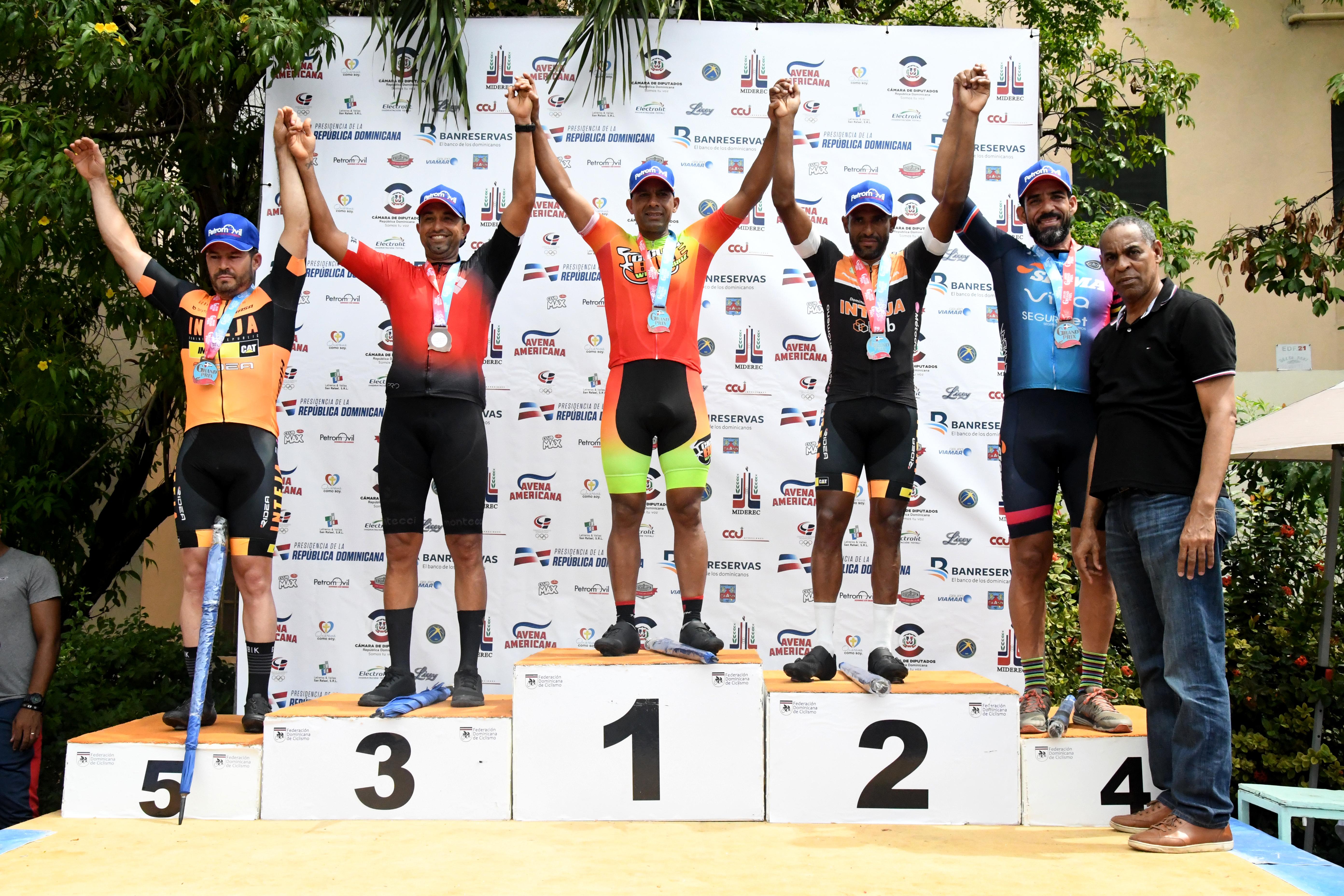 Jonathan Ogando gana Grand Prix de Ciclismo 2020