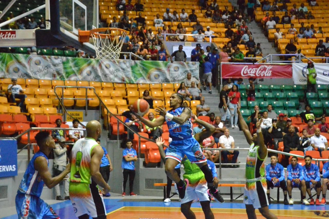 CDP extiende a cuatro cadena de triunfos seguidos basket Santiago