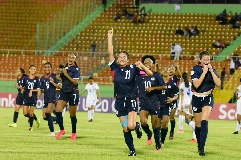 Selección femenina fútbol golea en inicio Premundial sub-20