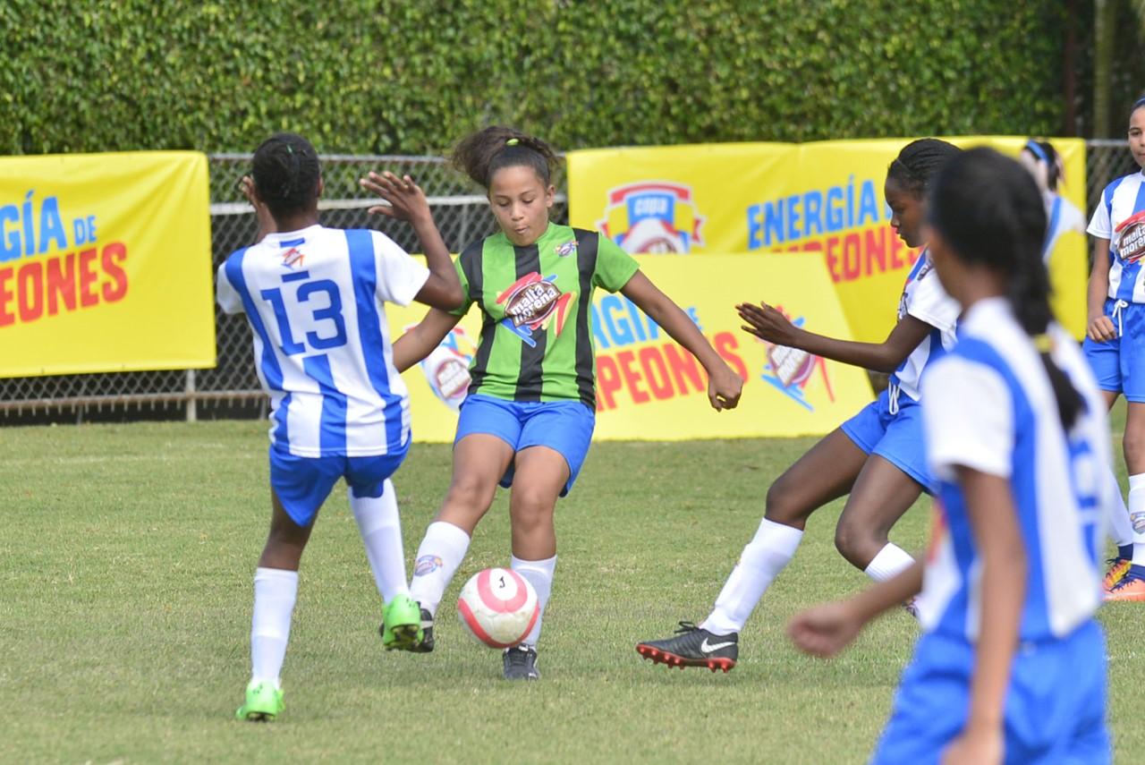 Domingo Savio y Christian School darán inicio a Copa de Fútbol