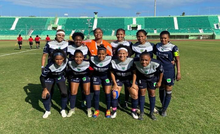 Bob Soccer School mantiene dominio en la Liga Femenina de Fútbol