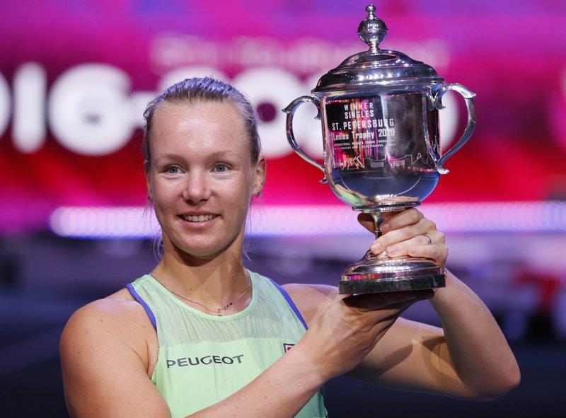 Bertens retiene campeonato en San Petersburgo