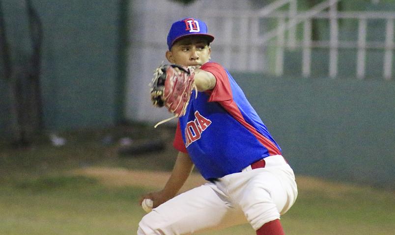 Equipo RD mantiene invicto en torneo de Béisbol Internacional Moca