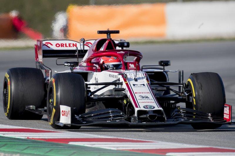 Sebastian Vettel encabeza penúltimo día de pruebas