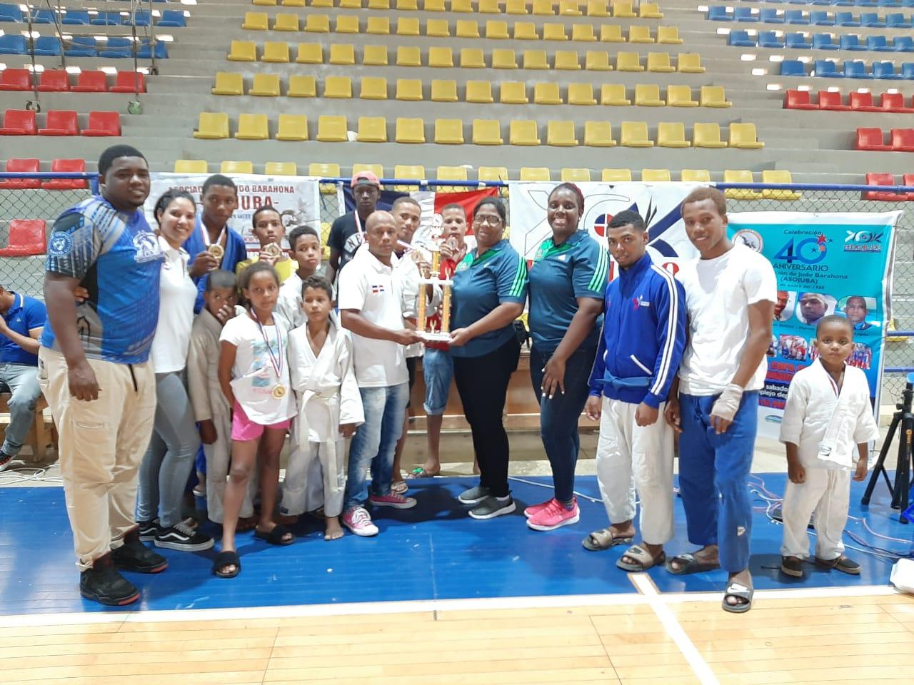 Asociación Judo Barahona gana II torneo Invitacional Miguel Caro