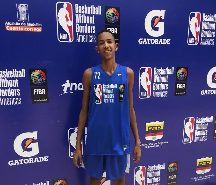 Rey Abad muestra mejoría física en baloncesto de Europa