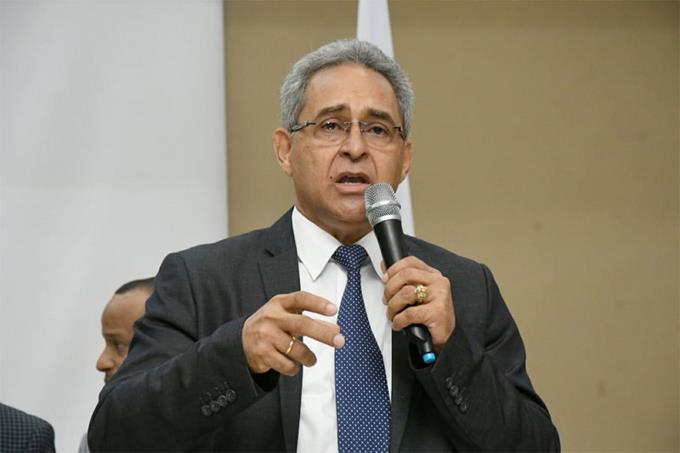 Rubén García gana presidencia de Federación de Boxeo Dominicano