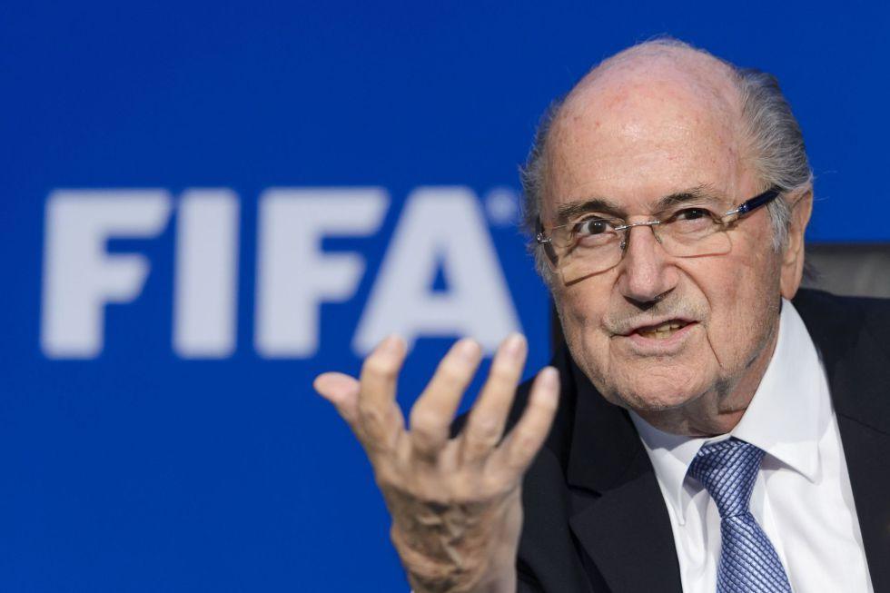 Joseph Blatter dice que Estados Unidos podría organizar el Mundial 2022
