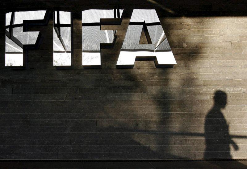 Comité médico FIFA cree el fútbol no puede volver antes septiembre